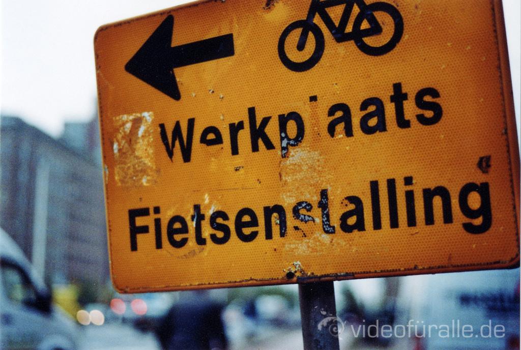 1Amsterdam2_Fietsen_Schild copy